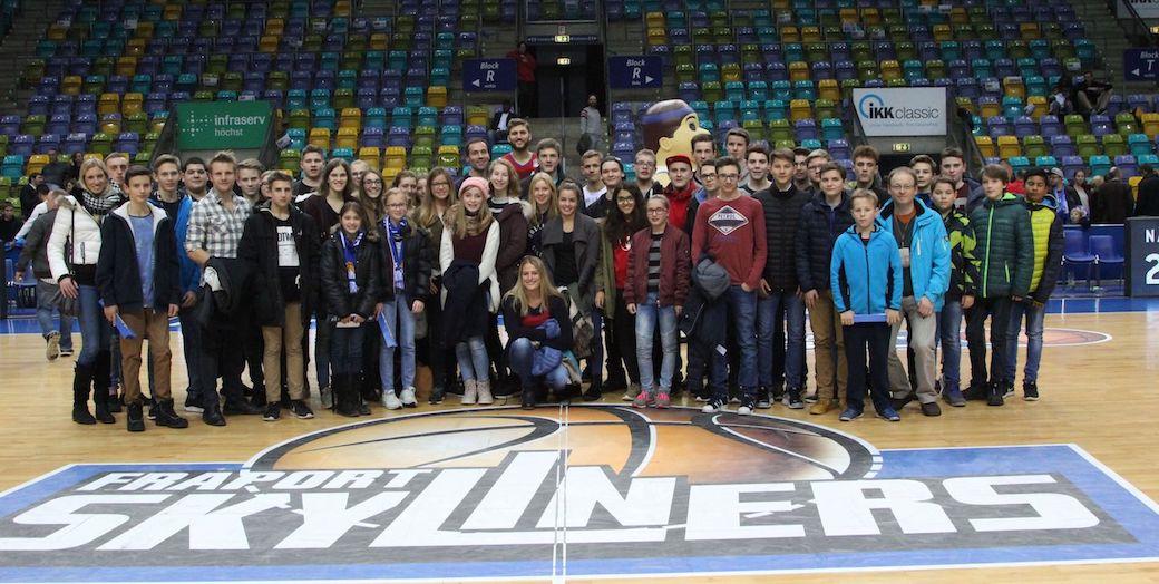 2016-2017-basketball-6